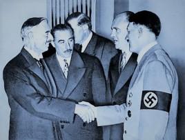 Chamberlain and Hitler 2